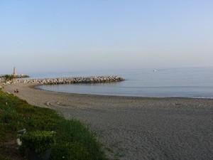 Stranden sett från Puerto Banus
